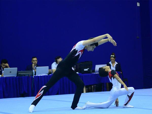 """Akrobatika gimnastikası üzrə 25-ci Azərbaycan və Bakı birinciliyinə start verildi - <span class=""""color_red"""">FOTO</span>"""