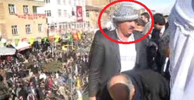 16 yaşlı oğlan anası ilə gizli eşq yaşayan millət vəkilini bıçaqladı - FOTO