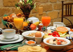 Axşam yeməyi yuxudan 3-4 saat əvvəl qəbul edilməlidir