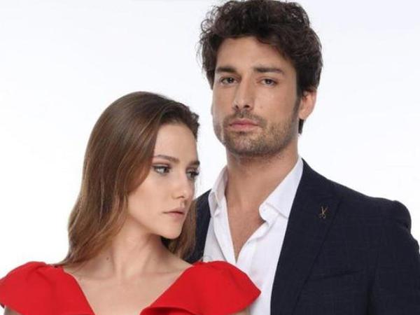"""""""Elimi bırakma""""nın aktrisası Sezen Aksunun oğlu ilə sevgilidir - FOTO"""