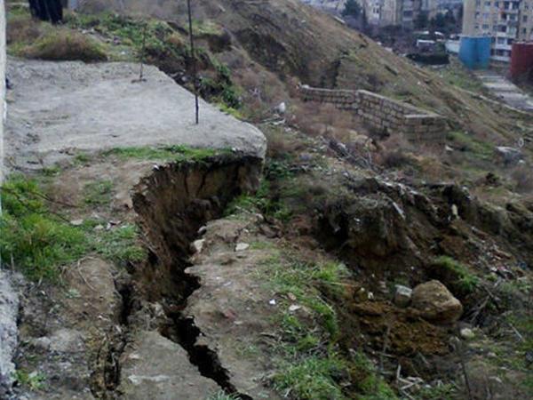 Badamdarda tədqiqat aparılan ərazidə uçqun baş verdi - FOTO