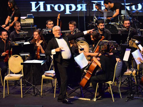 Heydər Əliyev Sarayında İqor Ponomarenkonun orkestrinin konserti olub - VİDEO - FOTO