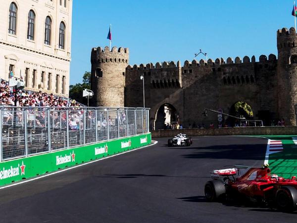 """Bakıdakı növbəti Formula 1 yarışlarına bilet satışı başladı - <span class=""""color_red"""">QİYMƏTLƏR</span>"""