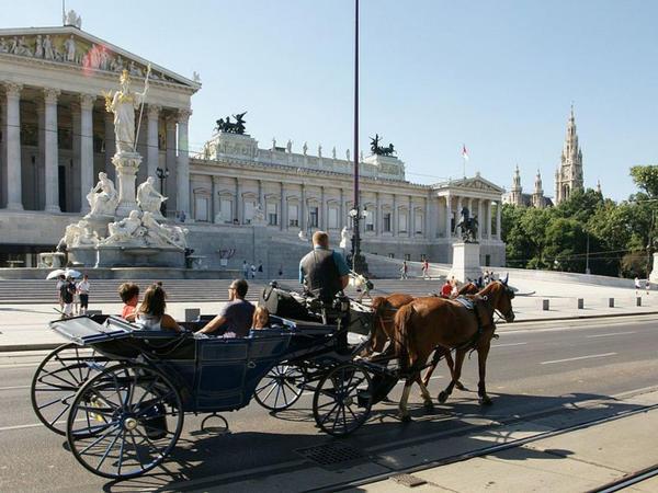 Vyana şəhərinin əsas attraksionlarından birinin ləğv edilməsi təklif olunur - FOTO