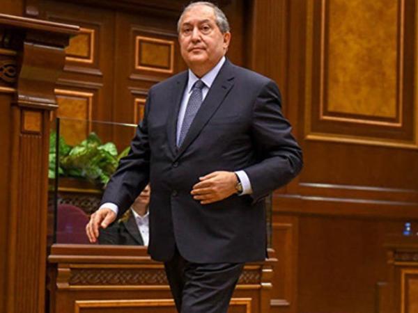 Ermənistan prezidenti hökumətin istefasını qəbul edib