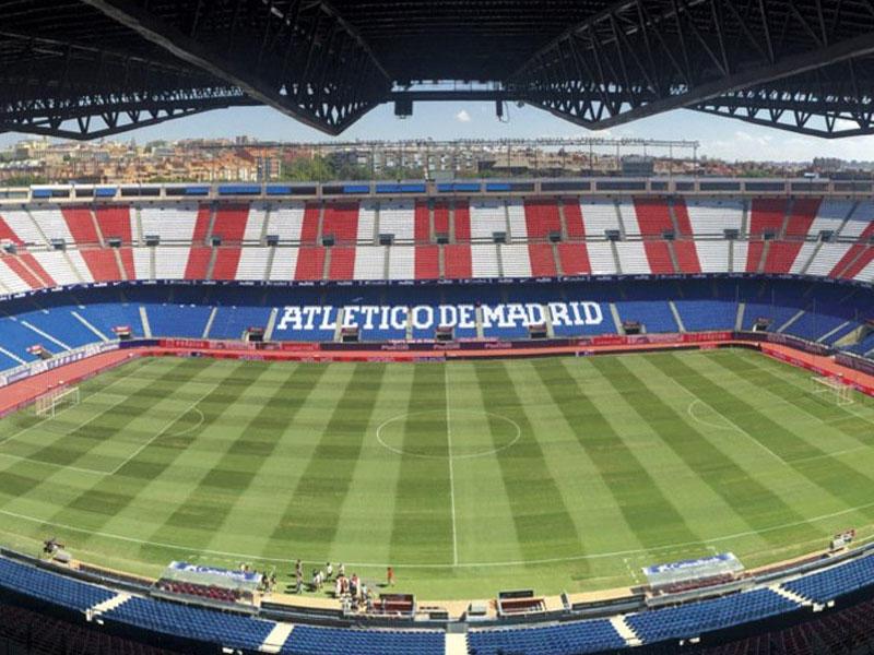 Daha bir tarixi stadion sökülür