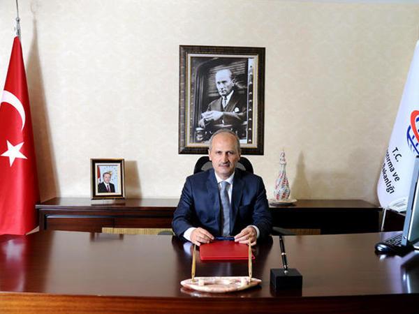 """Türkiyəli nazir: """"Bakı-Tbilisi-Qars vasitəsilə yük daşımaları 3 milyon tona çatdırılacaq"""""""