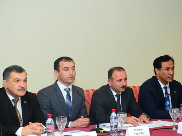 """""""Milli müstəqilliyimiz – mənəvi gücümüz"""" adlı tədbir keçirilib - FOTO"""