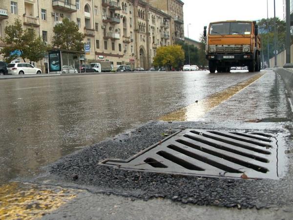 Bakıda yağıdan sonra şəhəri su basmaması üçün nə edilir? - FOTO