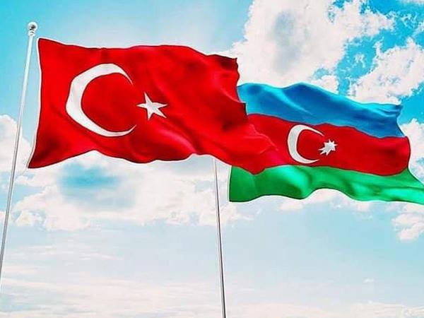 """""""Qalatasaray"""" da Azərbaycanı təbrik etdi"""