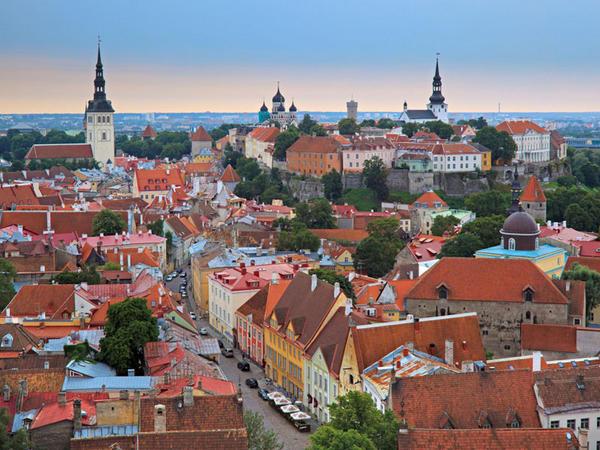 Estoniya ölkələrin qlobal rəqabətlilik reytinqində geriləyib