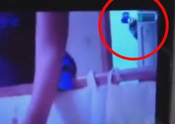 Uşaq otağına yerləşdirdiyi kameraya baxan qadın dəhşətə gəldi - VİDEO - FOTO