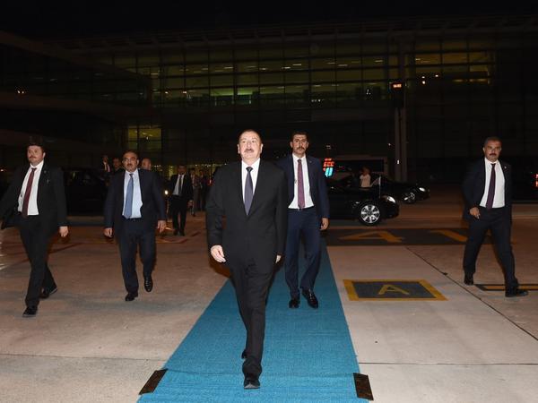 Prezident İlham Əliyevin Türkiyəyə səfəri başa çatdı - FOTO