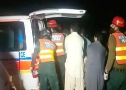 """Pakistanda iki avtobusun toqquşması nəticəsində <span class=""""color_red"""">19 nəfər ölüb</span>"""