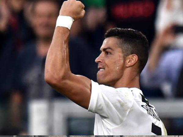 Ronaldodan yeni rekord, Messi geridə qaldı
