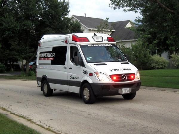 ABŞ-da əyləncə gecəsi zamanı döşəmə uçub, 30 nəfər yaralanıb
