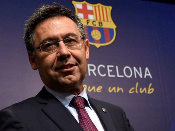 """""""Barselona"""" qapılarını Neymarın üzünə bağladı"""