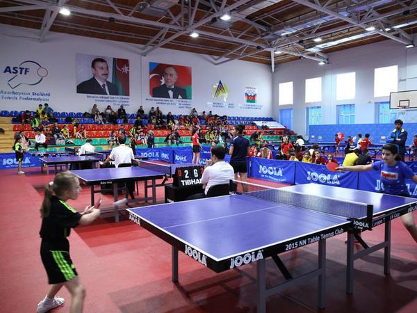 """Stolüstü tennis üzrə Azərbaycan kuboku uğrunda yarışlara start verilib - <span class=""""color_red"""">FOTO</span>"""