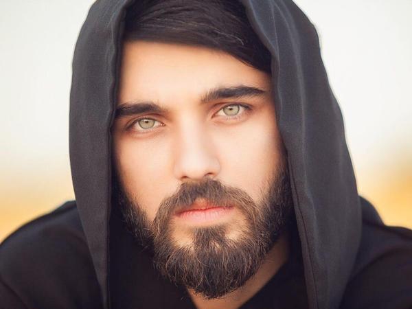 Azərbaycanlı model ərəb şeyxinin qızından evlilik təklifi almasından danışdı - FOTO