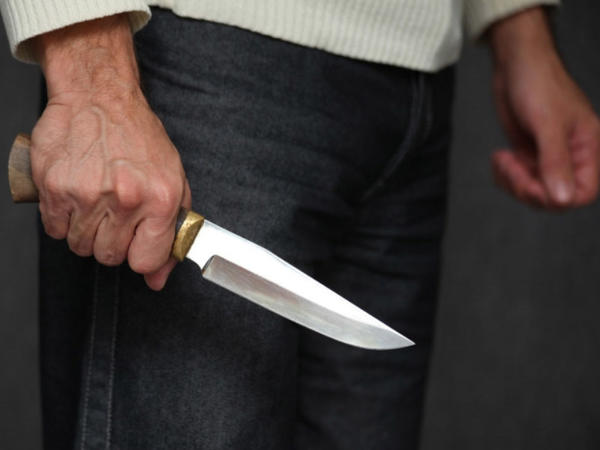 Bakıda 36 yaşlı kişini bıçaqladılar