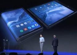 Elastik ekranlı ilk smartfon nümayiş olunub