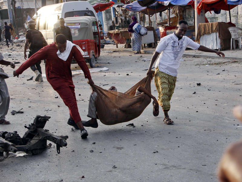 Moqadişoni qana boyadılar: 53 ölü, 100 yaralı - YENİLINİB - FOTO