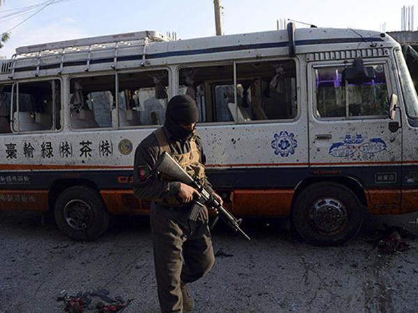 """Əfqanıstanda 29 polis və <span class=""""color_red"""">9 dinc sakin öldürüldü</span>"""