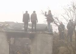 """Ana və övladlarının öldüyü dəhşətli yanğının şahidi DANIŞDI: """"Uşaqların səsi gəlirdi"""" - VİDEO - FOTO"""
