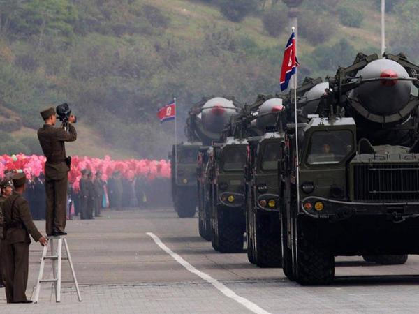 Cənubi Koreya kəşfiyyatı: KXDR nüvə-raket tədqiqatını davam etdirir