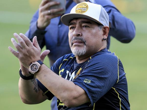 """Dieqo Maradona Messi haqda: <span class=""""color_red"""">milliyə qayıtmasa...</span>"""