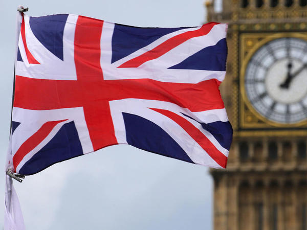 "Böyük Britaniyanın ""Brexit"" naziri istefa verdi"