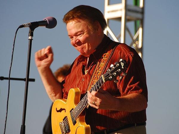 Amerikalı musiqiçi Roy Klark vəfat edib - FOTO
