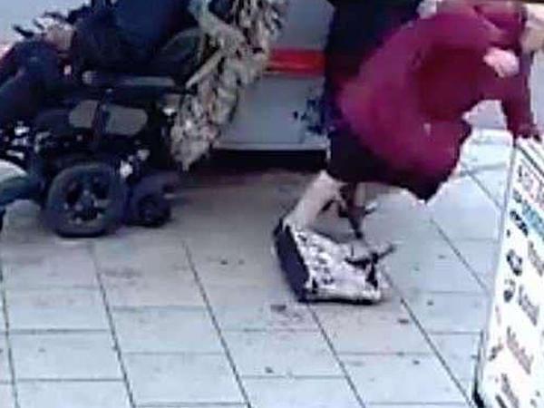 İki qoca qadını yıxan əlil həbsxanaya göndərildi - VİDEO - FOTO
