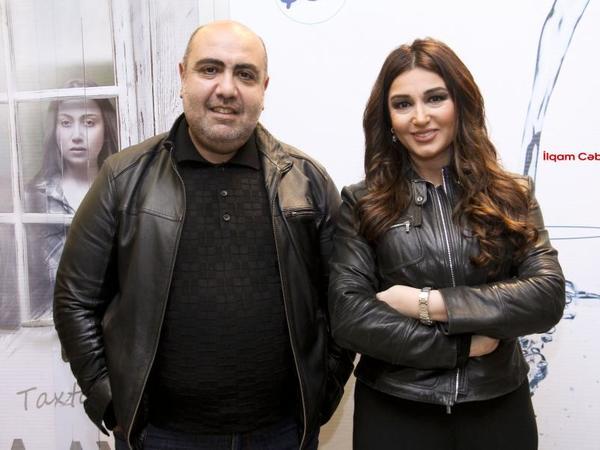 Əməkdar artist həyat yoldaşı ilə film izlədi