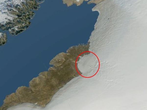 Qrenlandiyada buz təbəqəsinin altında nəhəng asteroid qalıqları olub - FOTO