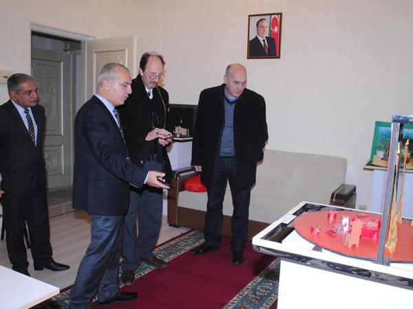 Gürcüstanın teatr xadimləri Sumqayıt Dövlət Dram Teatrında  - FOTO