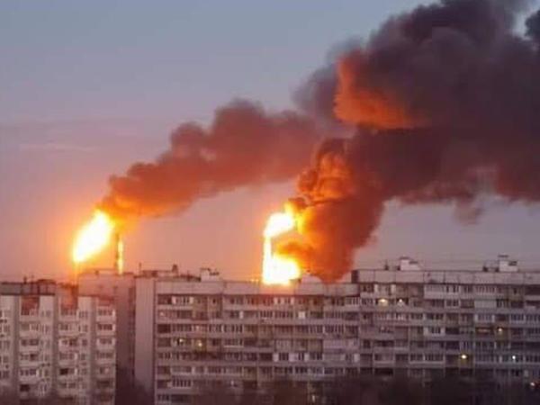 Moskvada neft emalı zavodu yanır - YENİLƏNİB - FOTO