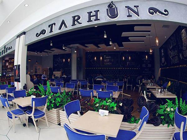 """Bakıda məşhur restoranda yanğın - <span class=""""color_red"""">Turistlər təxliyə olundular</span>"""