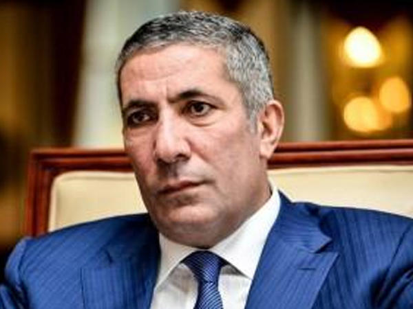 Siyavuş Novruzovun qardaşı vəzifədən azad olundu