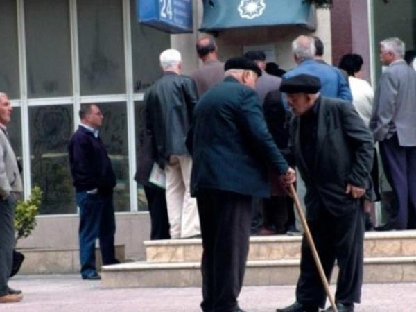 """Azərbaycanda """"staj aministiyası"""" kimlərə şamil olunacaq?"""