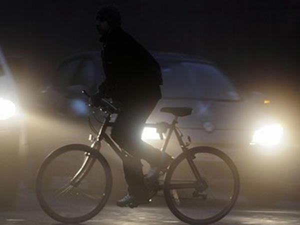 Salyanda velosipedçini maşın vurub