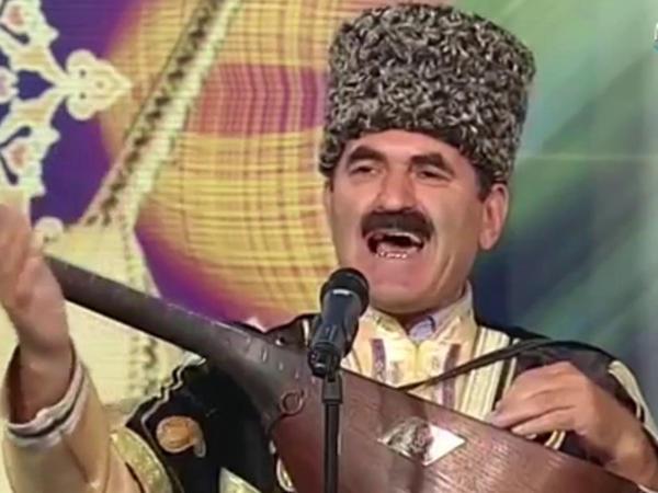 """Heydər Əliyev Sarayında tanınmış aşıqların iştirakı ilə <span class=""""color_red"""">Saz-Söz axşamı - VİDEO</span>"""