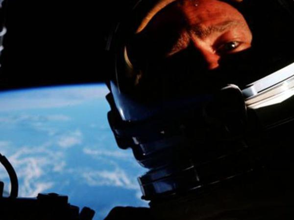 Kosmosda ilk özçəkim 52 il əvvəl çəkilib