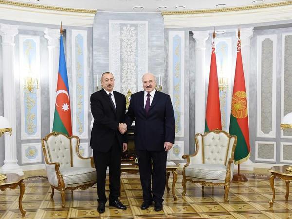 """Lukaşenko: """"Belarus və Azərbaycan arasında mövcud münasibətləri daha da genişləndirmək mümkündür, buna çalışmaq lazımdır"""""""