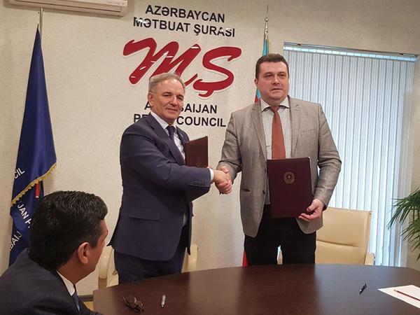 Mətbuat Şurası ilə Rusiya Jurnalistlər İttifaqı arasında əməkdaşlıq haqqında Memorandum imzalanıb - FOTO