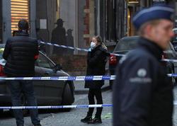 """Kişi Brüsseldə """"Allahu-Əkbər"""" deyib, polisi bıçaqladı"""