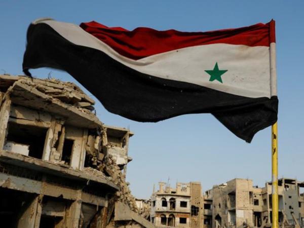 """Suriya ordusu ölkənin cənubunda İŞİD-in <span class=""""color_red"""">son istinadgahını ələ keçirib</span>"""