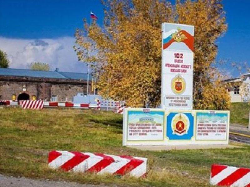 Rusiya hərbçisi Ermənistanda 57 yaşlı süpürgəçini döyərək öldürüb