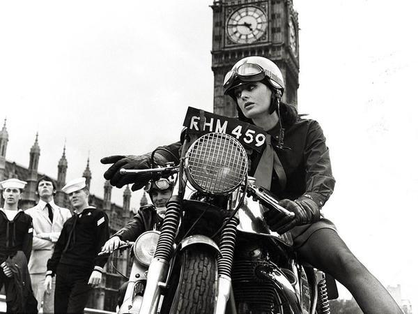 London gerçəkdən də ləngər vuran vaxtlarda... - FOTO