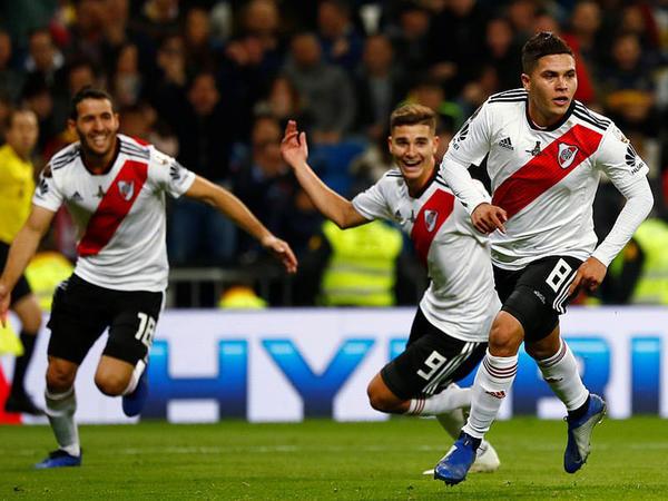 """Libertadoresin tarixi finalı - <span class=""""color_red"""">Kubok """"River Pleyt""""indir - VİDEO - FOTO</span>"""